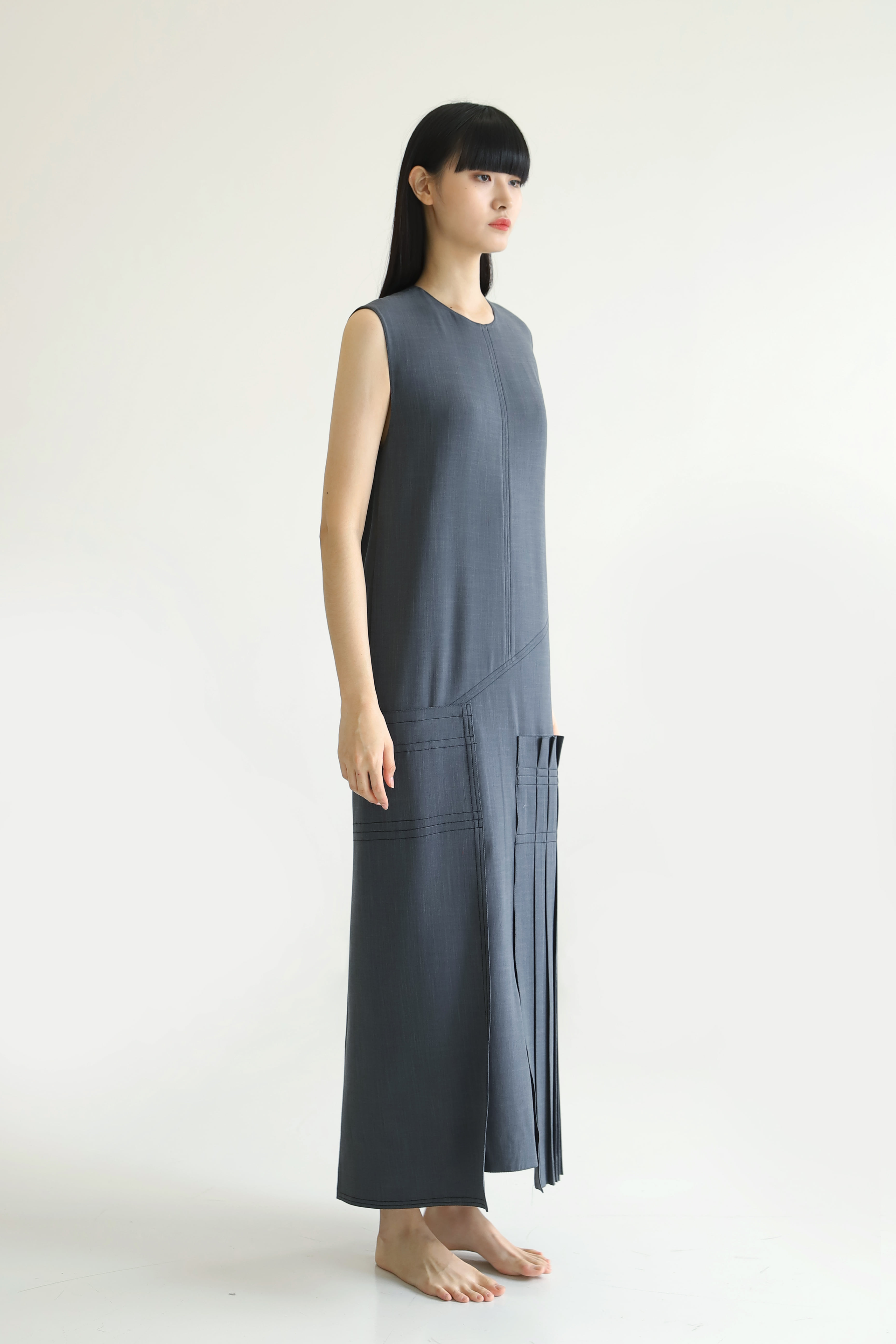 PLEATS LONG DRESS_Gray / Out of Stock