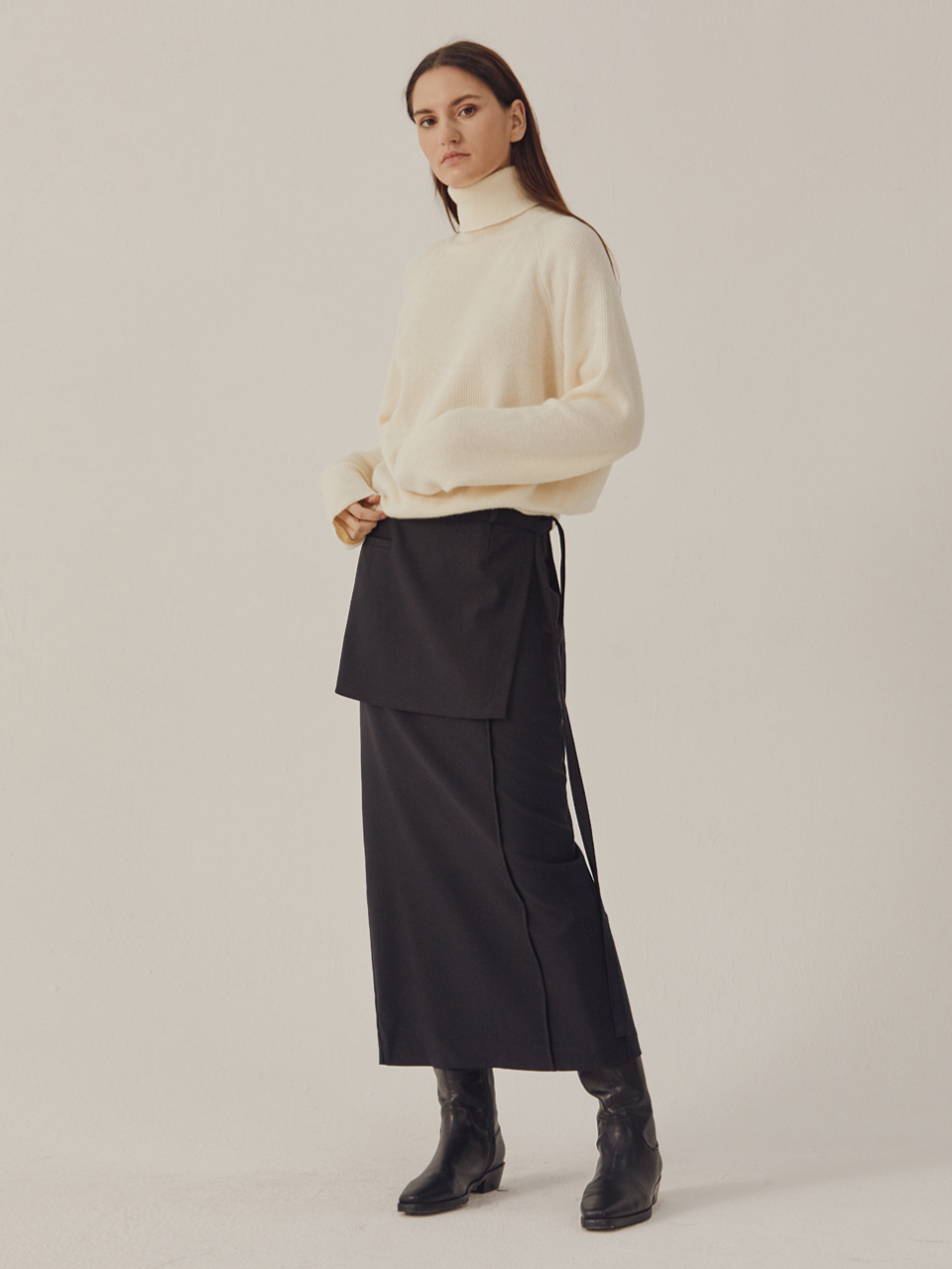 PINTUCK WRAP SKIRT_Navy