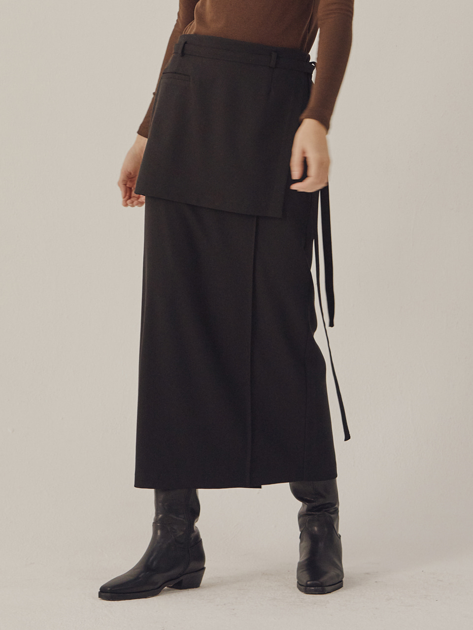 PINTUCK WRAP SKIRT_Black